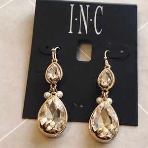 New INC gold drop crystals earrings